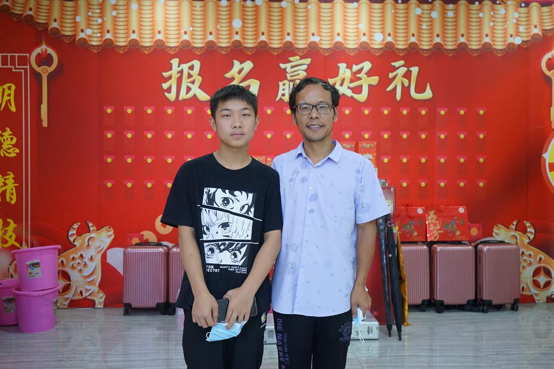 杨偲祺 14 智能网联与新能源工程师.JPG