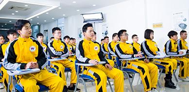 武汉万通汽车学校